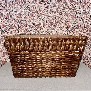 Woven Rattan Basket with Linen Fabric Lining